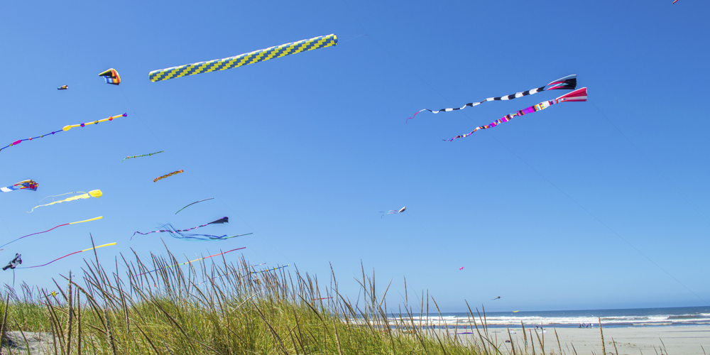 Summer fun in Ocean Shores means kite flying